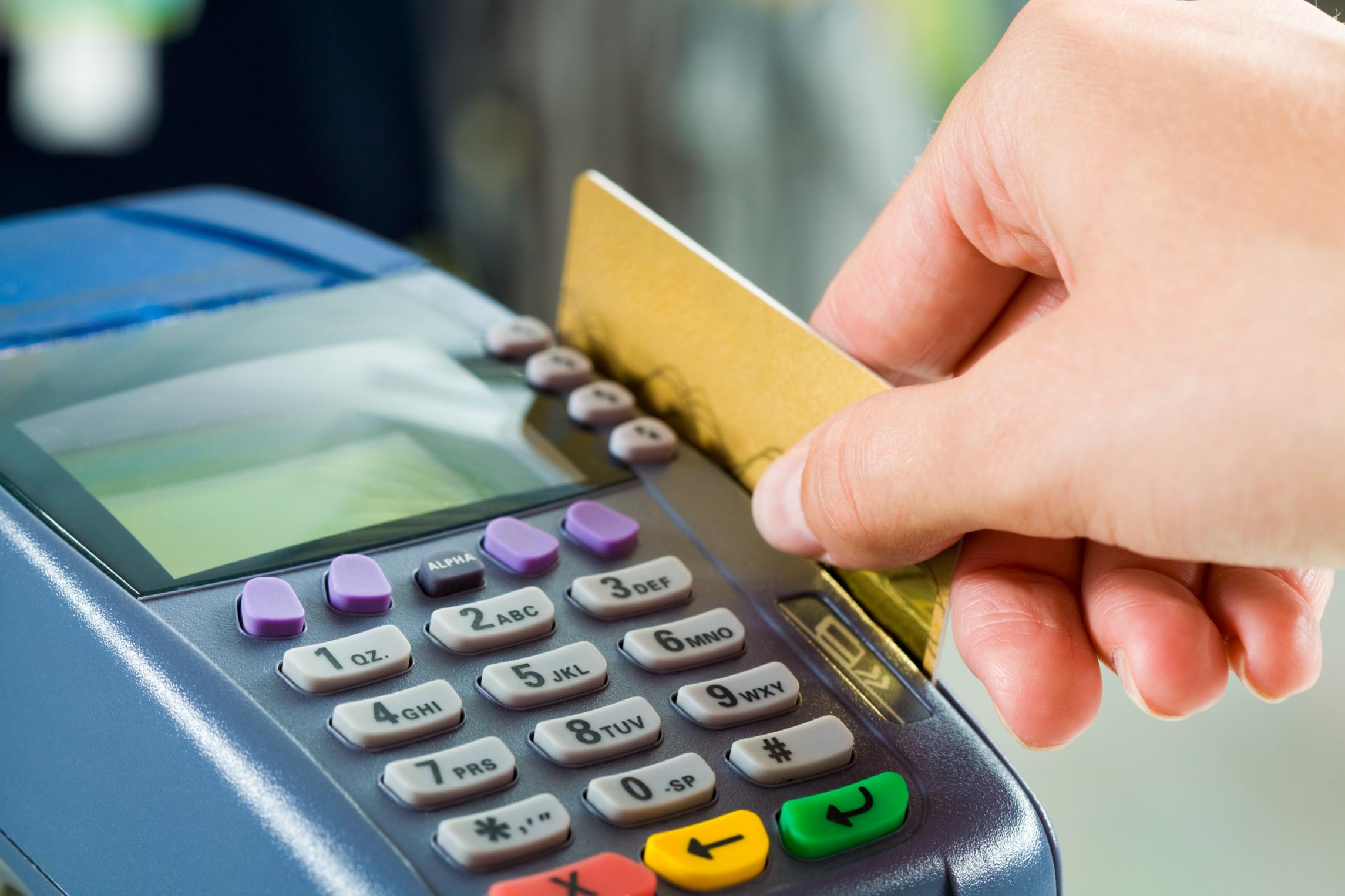 Cartão de crédito: Um dos maiores vilões do orçamento