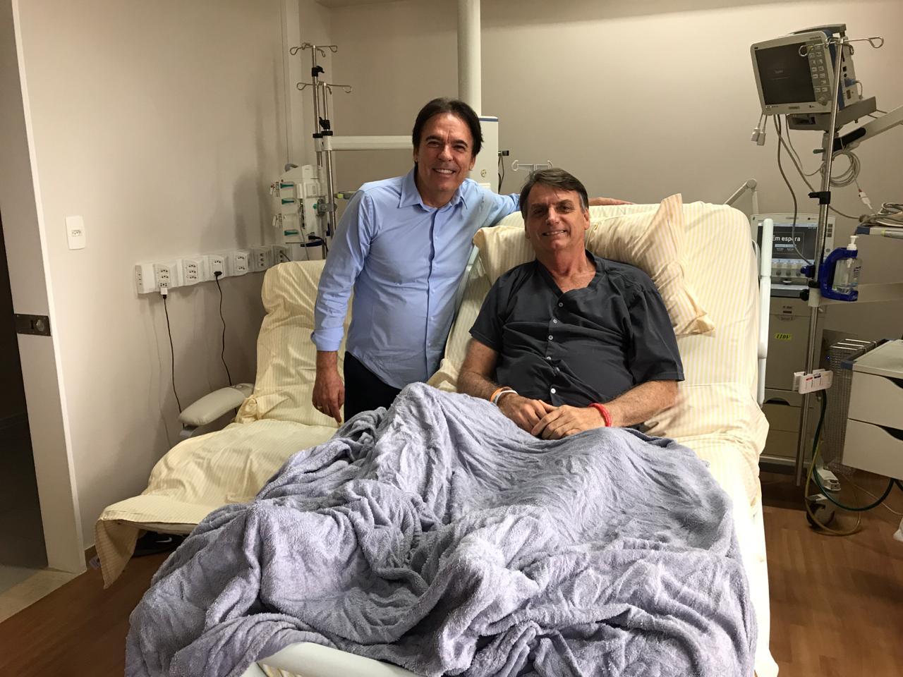 Bispo Rodovalho visita o candidato à presidência da República, Jair Bolsonaro